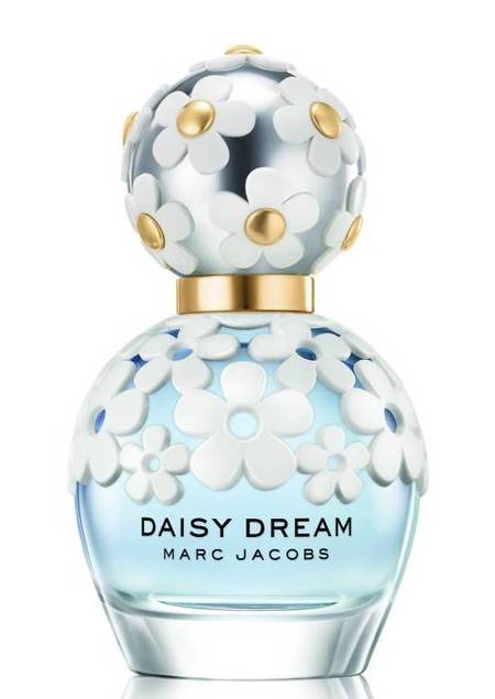marc_jacobs_daisy_dream_new_perfume_launching_sofia_coppola_directing_advert_beauty_news_beauty-bag_handbagcom