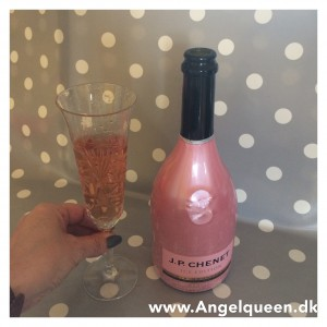 Pink Bubbles for my Party mood